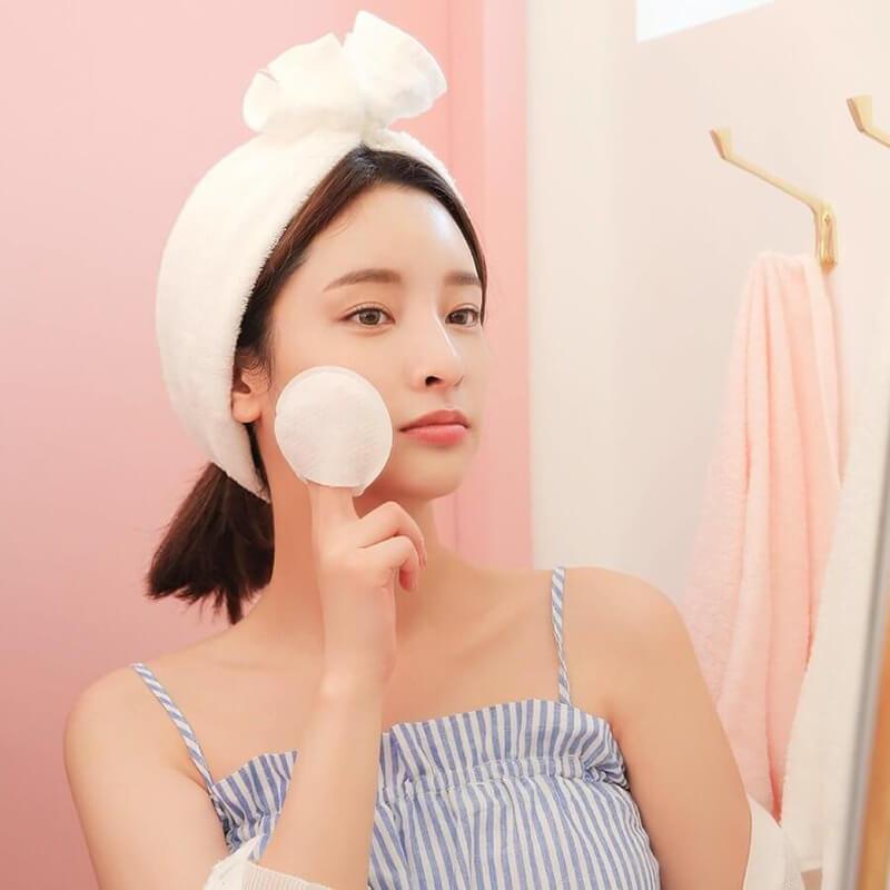 Làm sạch là bước đầu tiên trong quy trình dưỡng da