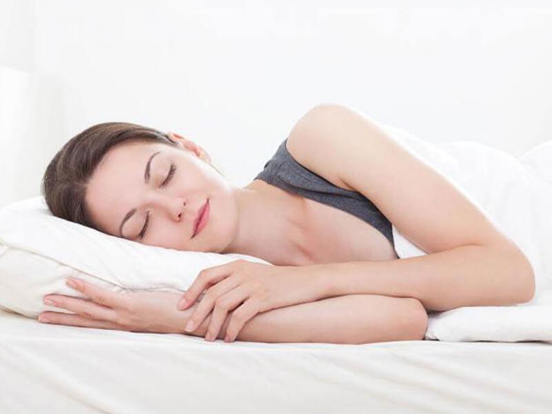 Ngủ đủ giấc là bí quyết đơn giản để có một làn da tràn đầy sức sống